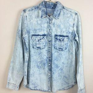 GAP 1969 Denim Acid Wash Button Front Shirt